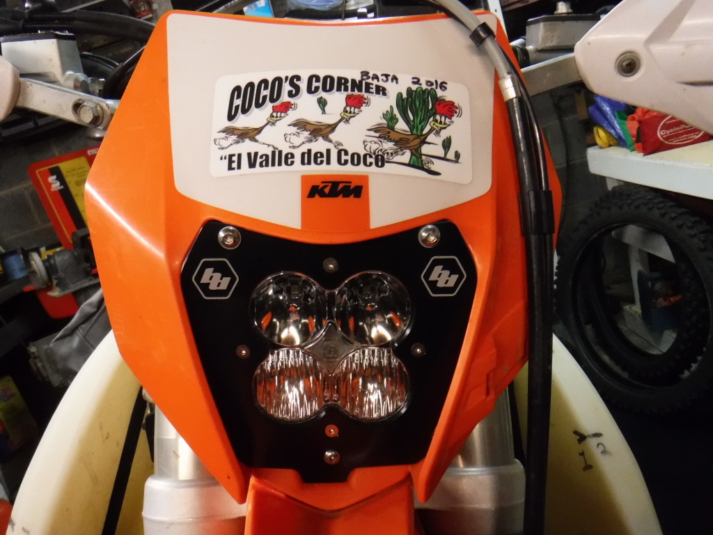 2016 350 Ktmexcf Ktm 450 Exc Wiring Diagram Here Is The Backside Stock Behind Headlight Shell Of This Bike A Total Mess Looks Like Some 3 Years Olds Went Nuts With Black